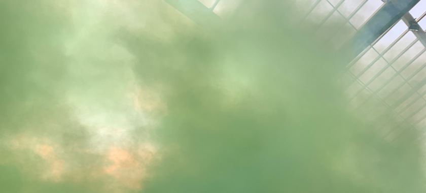 Grüner Nebel im Nürnberger Gästeblock