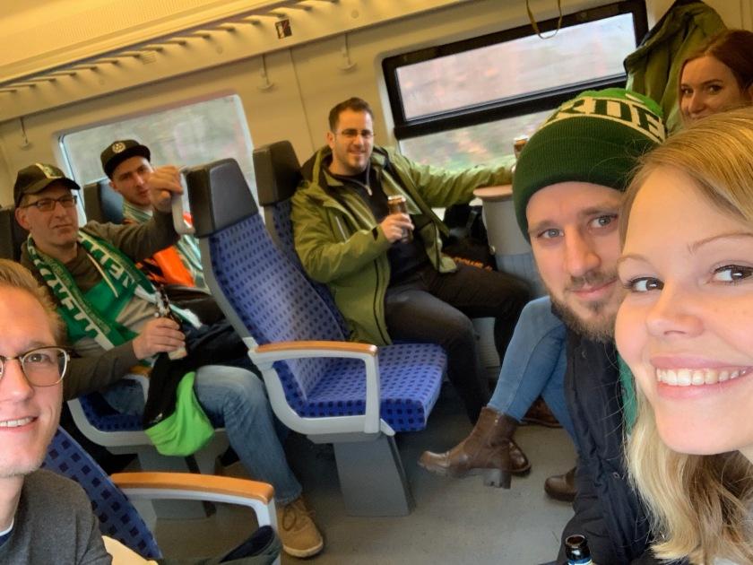 Fans des SVW auf dem Weg nach Nürnberg im RE
