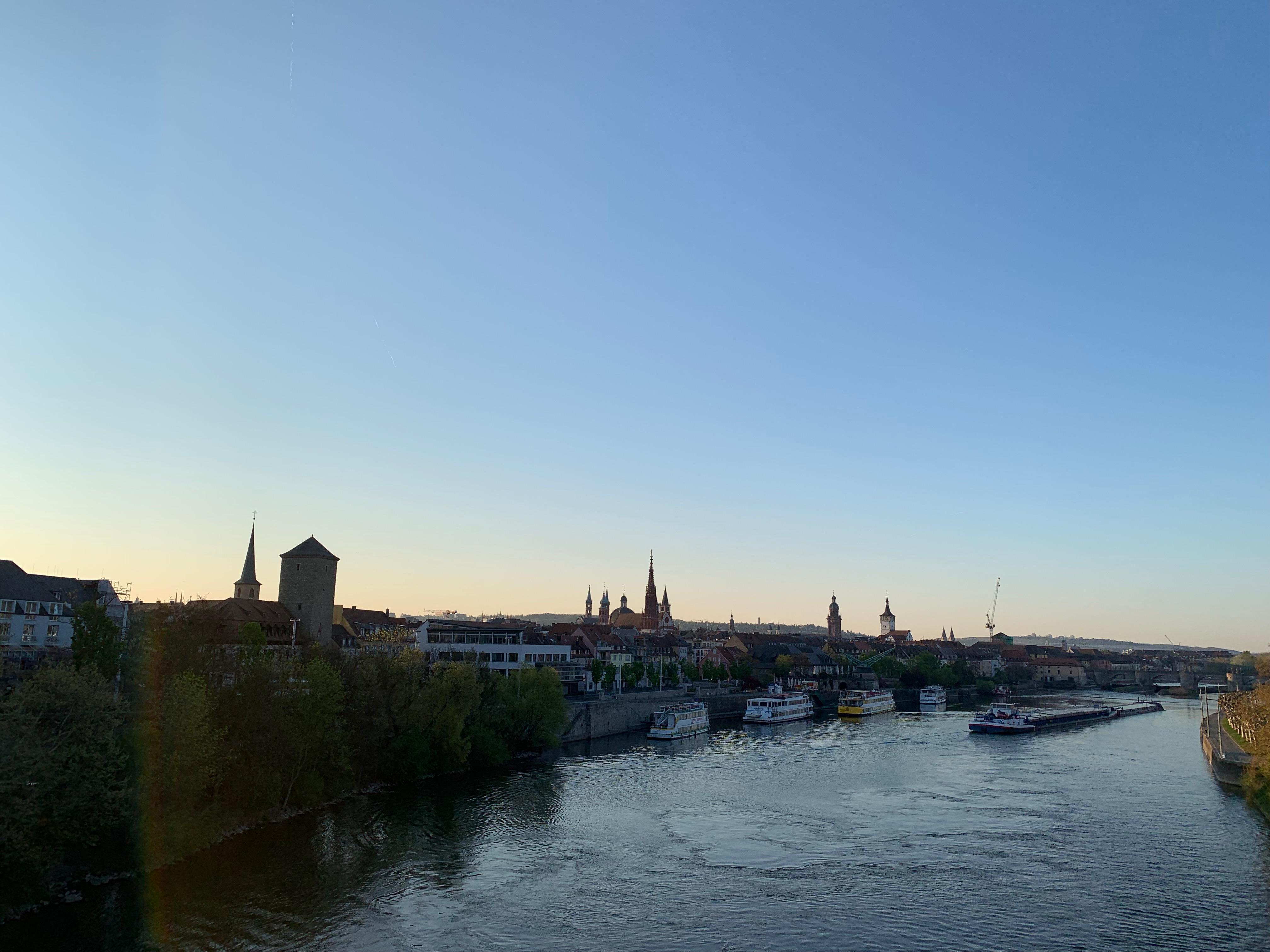 Sonnenaufgang in Würzburg
